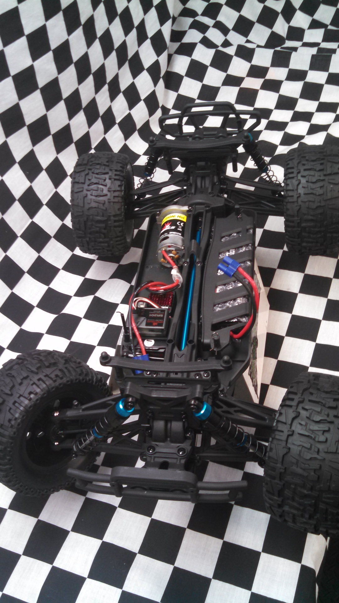 ECX 4WD Brushed Ruckus