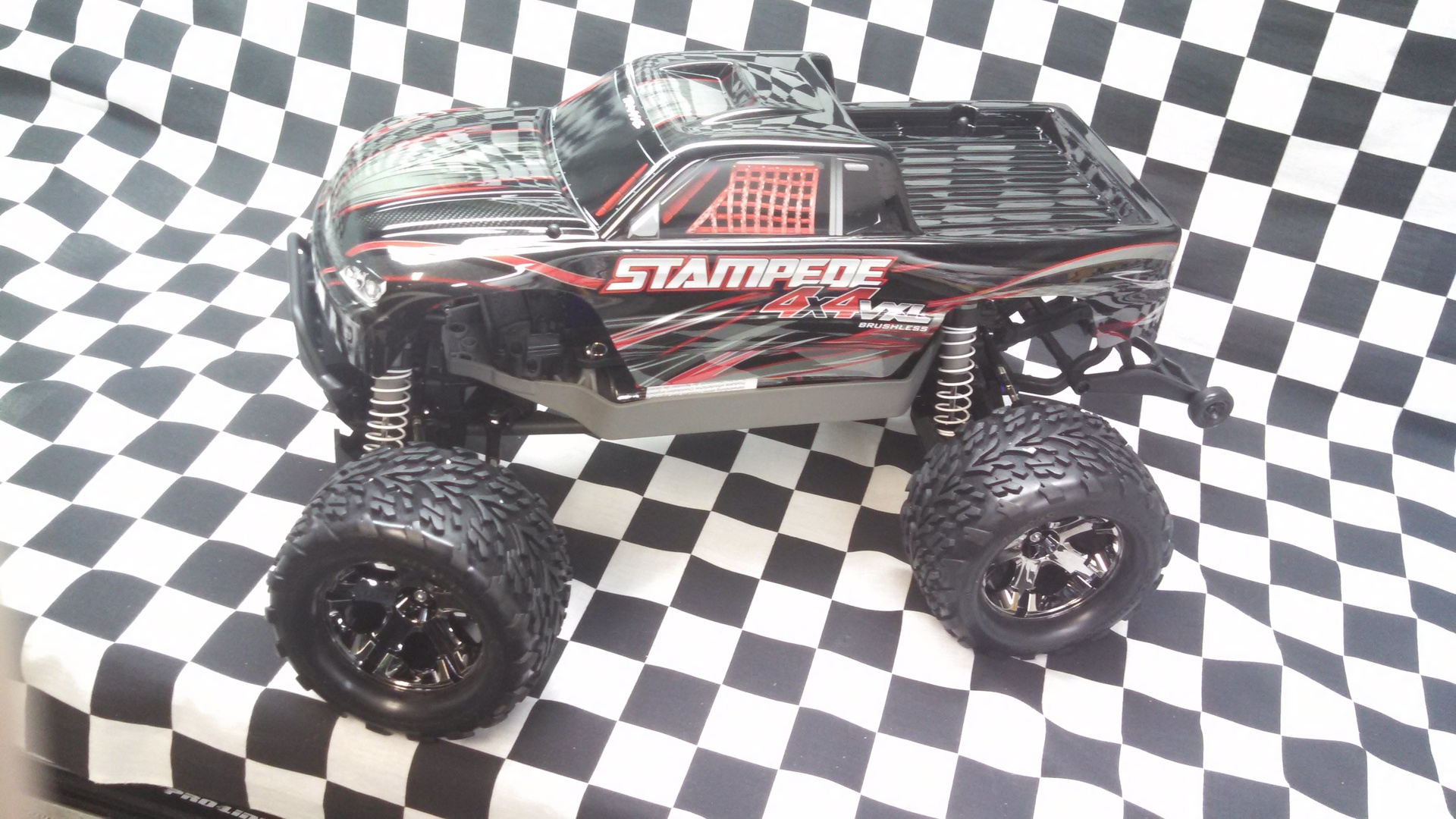 Traxxas 4WD Brushless Stampede